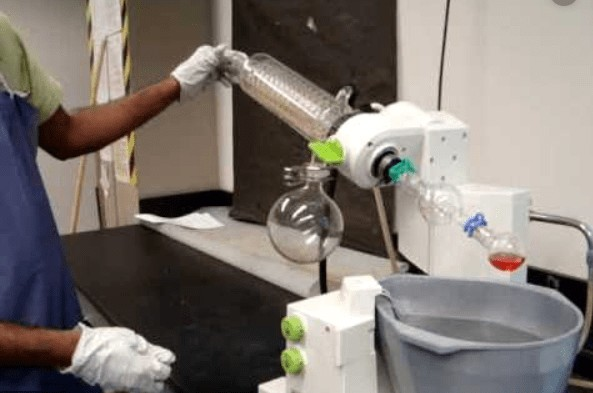 how to use a rotary evaporator