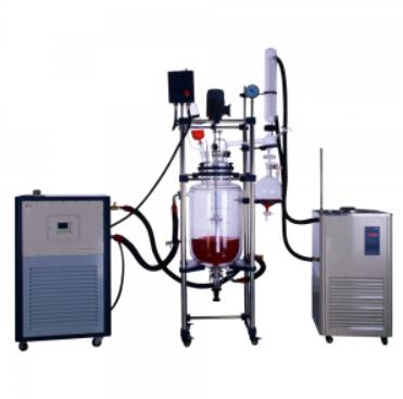 features of double jacketed glass reactor